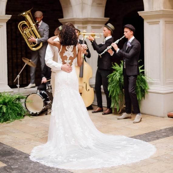 How to Throw a Tasteful Themed Wedding | Martha Stewart Weddings