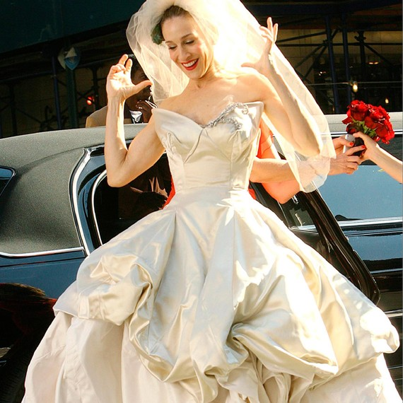 How to Get In (and Out!) of a Car in a Wedding Dress | Martha ...