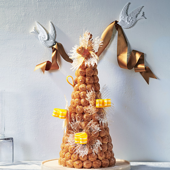 Croquembouche Candy Bows