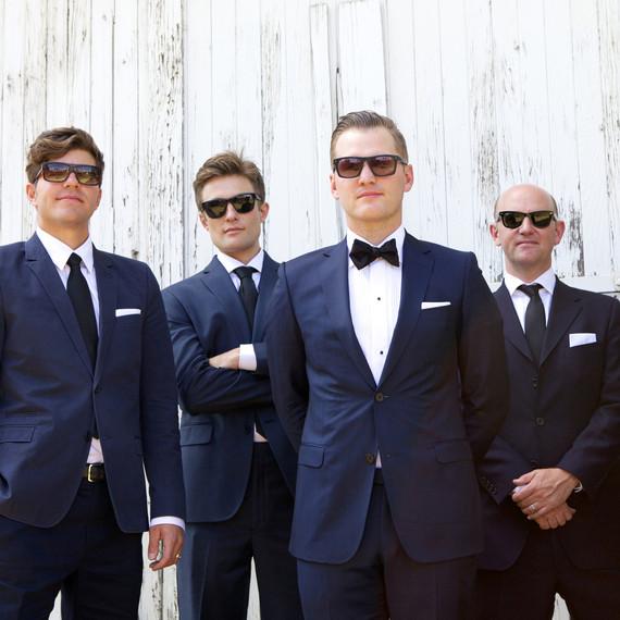 emily-brett-wedding-groomsmen-0414.jpg