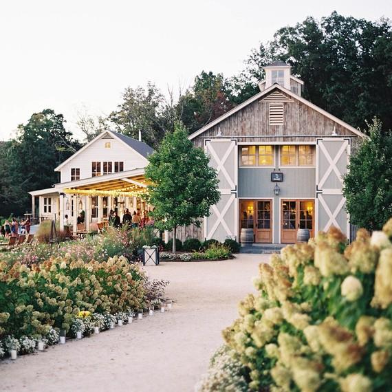 outdoor wedding venue barn