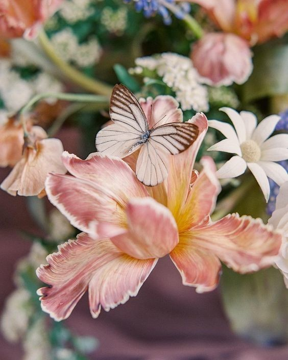 Trending Now: Butterfly-Inspired Wedding Décor