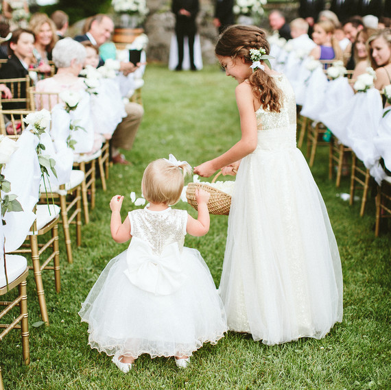 Wedding Flower Girl: Read This Before Asking Your Flower Girl To Toss Petals