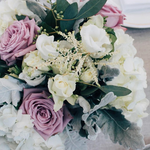 purple-white-green-arrangement-0116