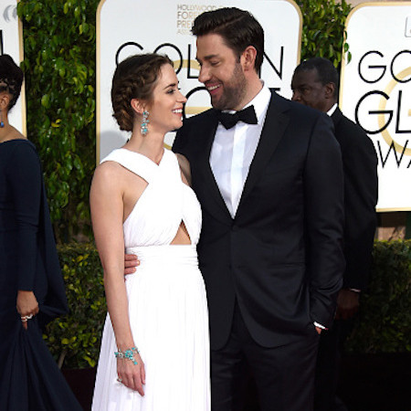 John Krasinski Emily Blunt Wedding.The Hilarious Reason John Krasinski Cooks Dinner For Emily