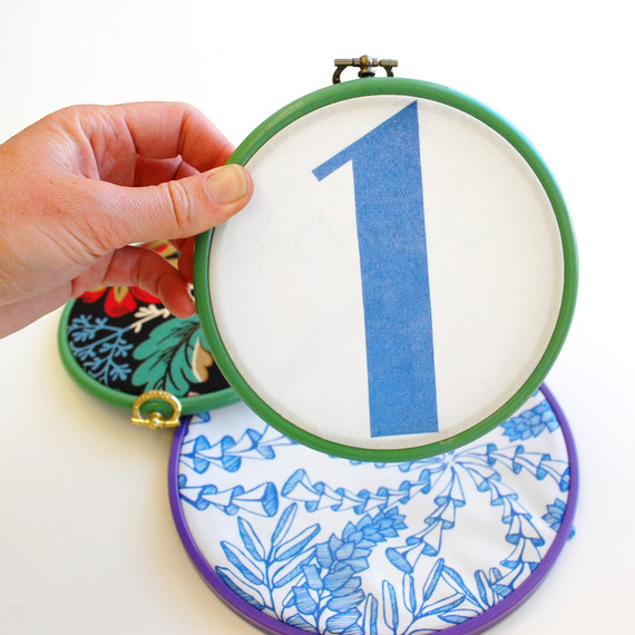 embroidery-hoop-table-numbers-04-0415.jpg