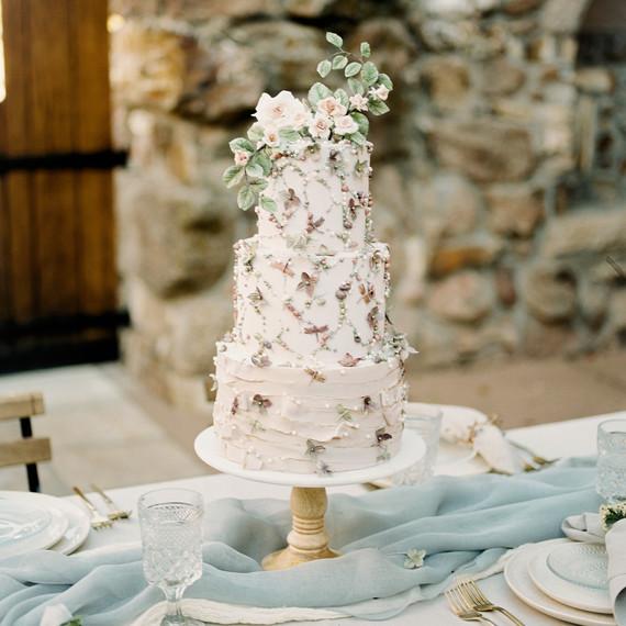 floral wedding cakes sara corona bohemian glamorous whimsical