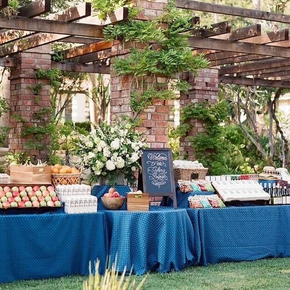 wedding gift lounge outdoors