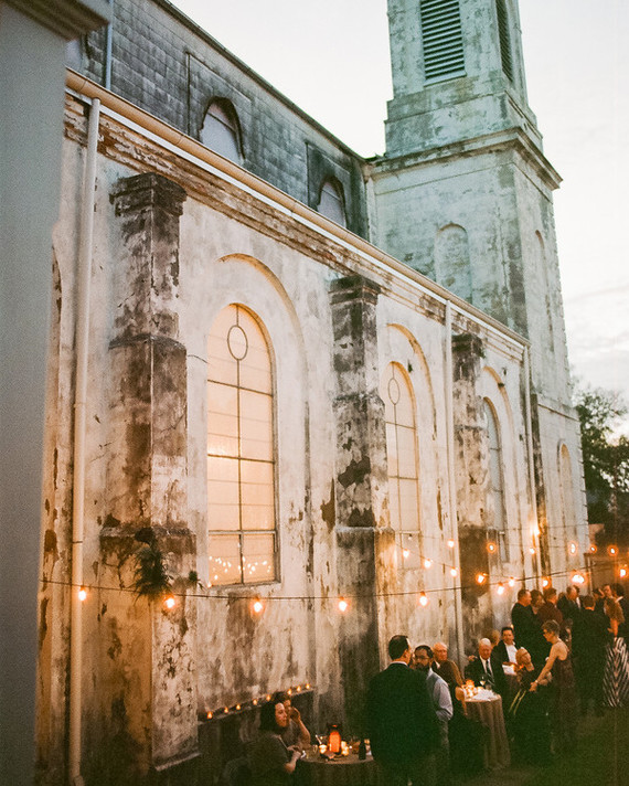 16 Questions to Ask While Touring Wedding Venues