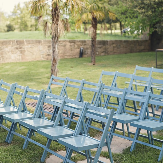 anna-ania-wedding-chairs-028-s112510-0216.jpg