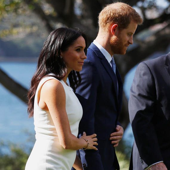 Flipboard: Meghan Markle Just Debuted Her Baby Bump