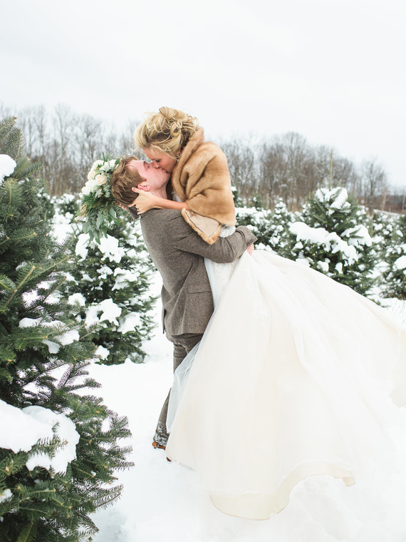 snowywedding-laurenfairphotography-ms01-4.jpg (skyword:363531)