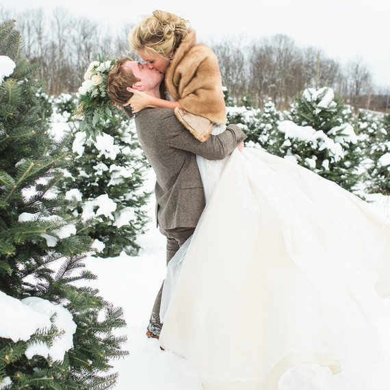 snowywedding-laurenfairphotography-ms01-4.jpg (skyword:363532)