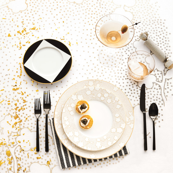 place-setting-celebration-105-d112189-comp.jpg