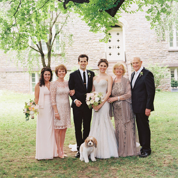 Wedding Family Photo List: Every Wedding Photo You Need To Take With The Mother Of