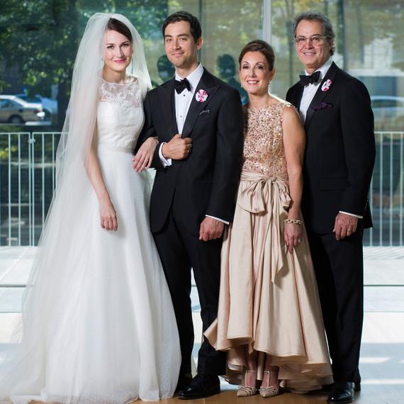 ashley-ryan-wedding-family-6224-s111852-0415.jpg
