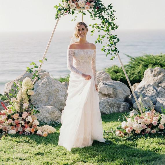 How To Set A Budget For Your Wedding Dress Martha Stewart Weddings