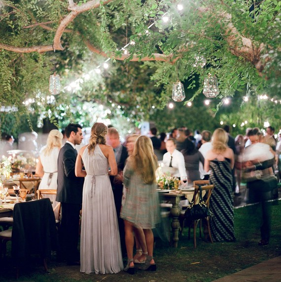 Heres How To Move Your Wedding Guests From One Space To Another On