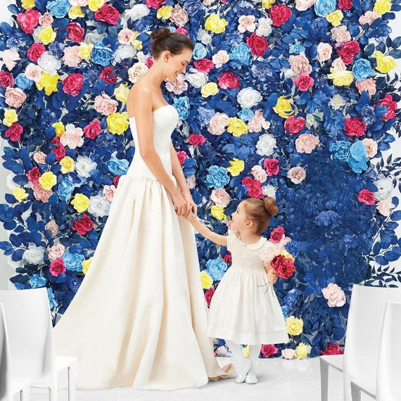 mbride-flower-girl-flower-wall-0637-d112701-comp.jpg