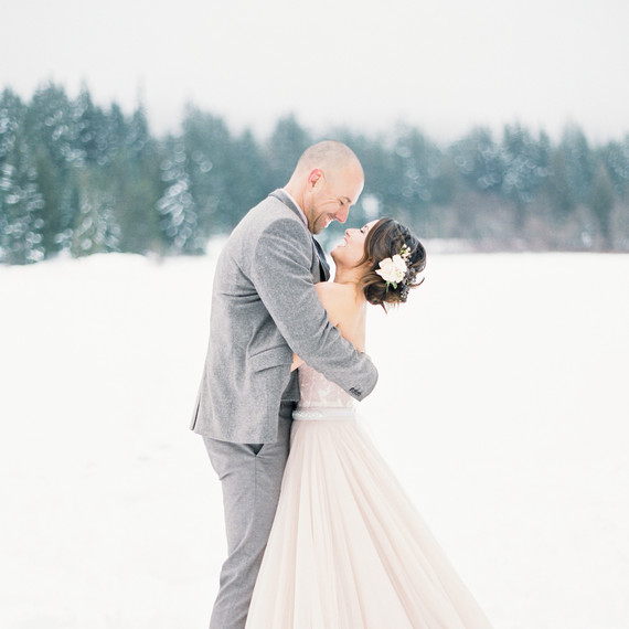 Snow Wedding Ideas: Can You Have An Outdoor Ceremony During The Winter