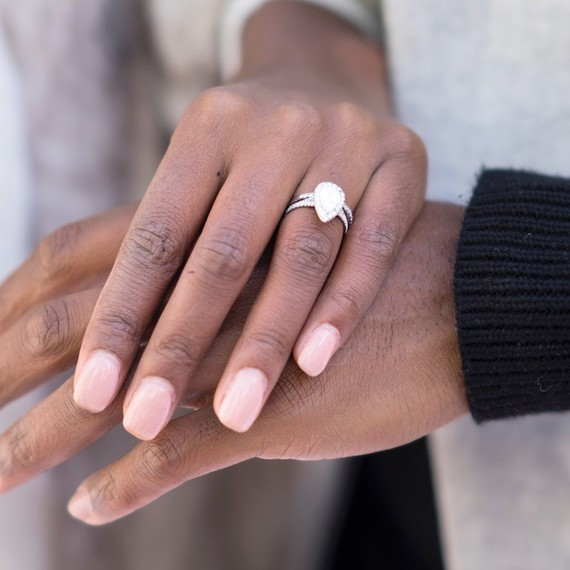 how to get engaged without a ring