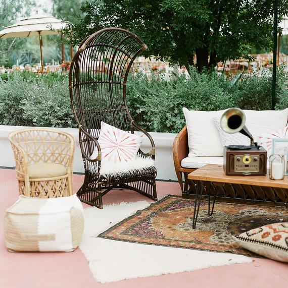 Aubrey Austin Wedding Lounge