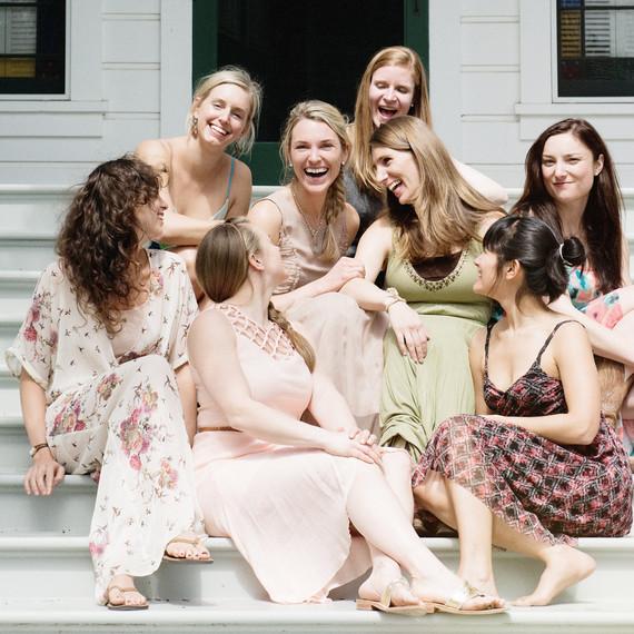 scavenger hunt bridal shower friends on porch 0315