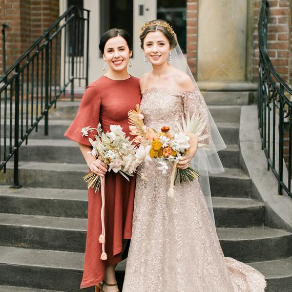 kae danny wedding bride with sister