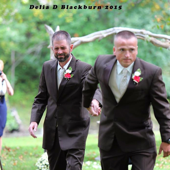 viral-wedding-news-dad-stepdad-walk-down-aisle-0915.jpg