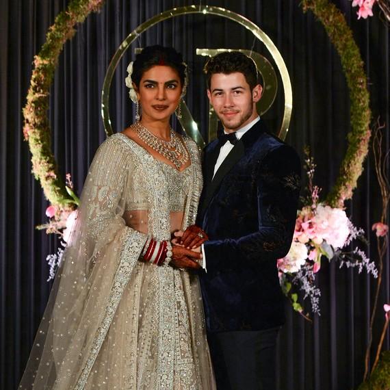 Priyanka Chopra Wedding.Priyanka Chopra S Mother Didn T Think Her Wedding Was Big Enough