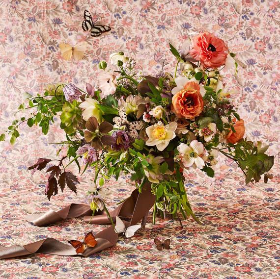 sarah ryhanen saipua natural floral arrangement