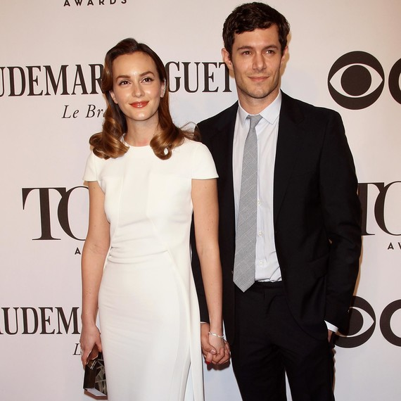 "Leighton Meester and Adam Brody ""Laugh"" About Blair ..."