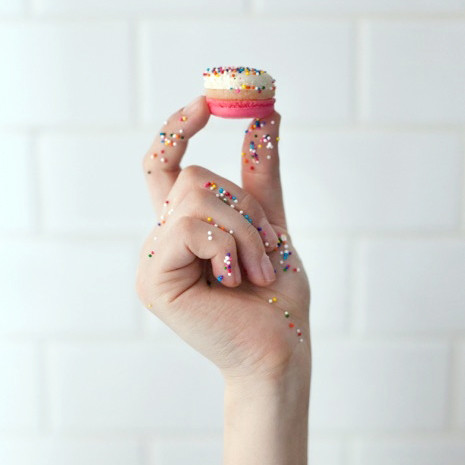darcy-diary-baked-by-melissa-macaroon-sprinkles-on-hand-0216.jpg