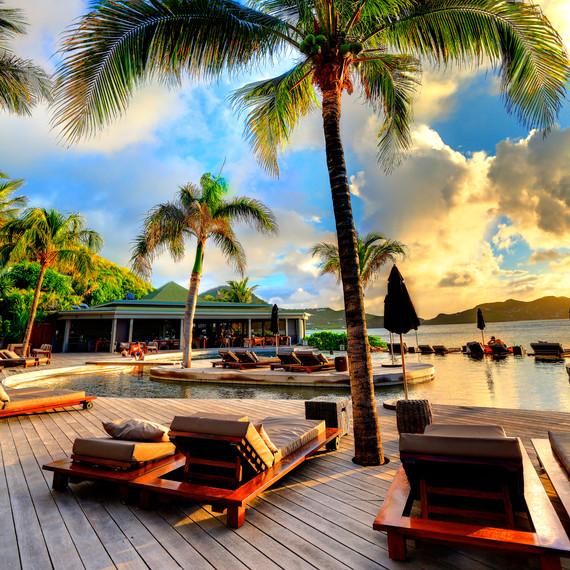honeymoon-destinations-2015-st-barths-hotel-christopher-pool-0115.jpg