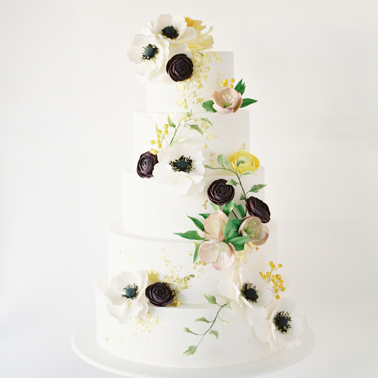 White Wedding Cake with Floral Cascade, Fall Wedding Cake Trends