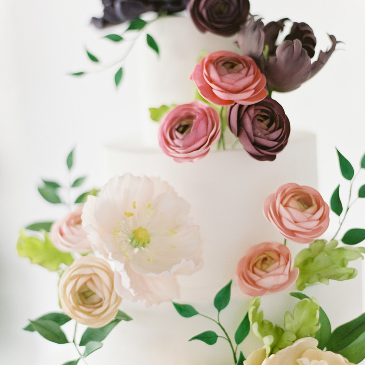 Colorful Sugar Flower Cake Detail, Fall Cake Trends
