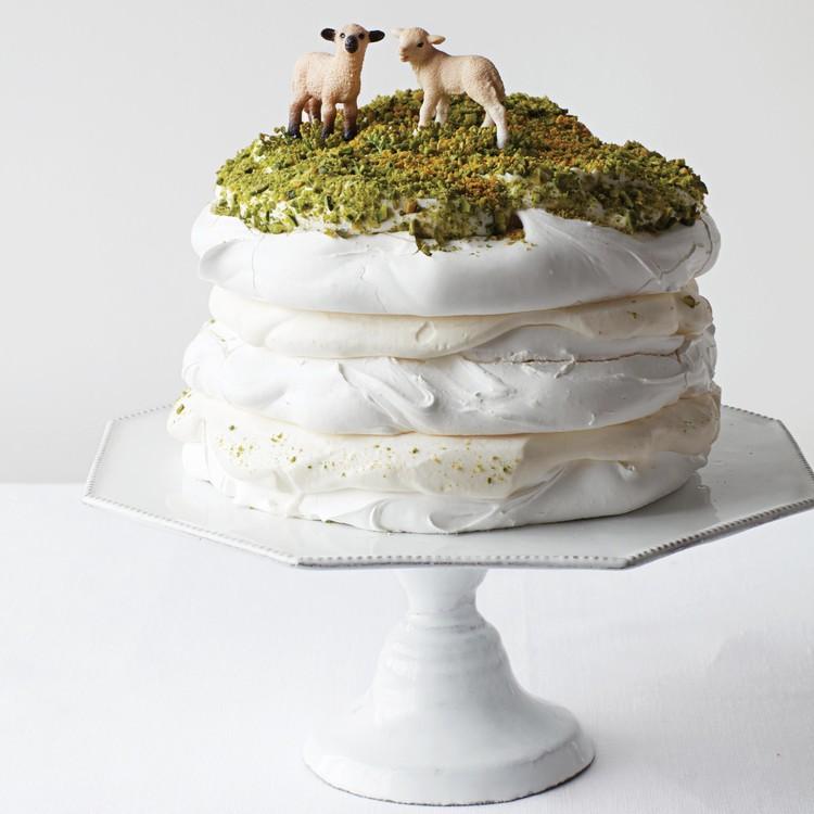 naked-cakes-pavlova-sheep-toppers-002-d112920.jpg